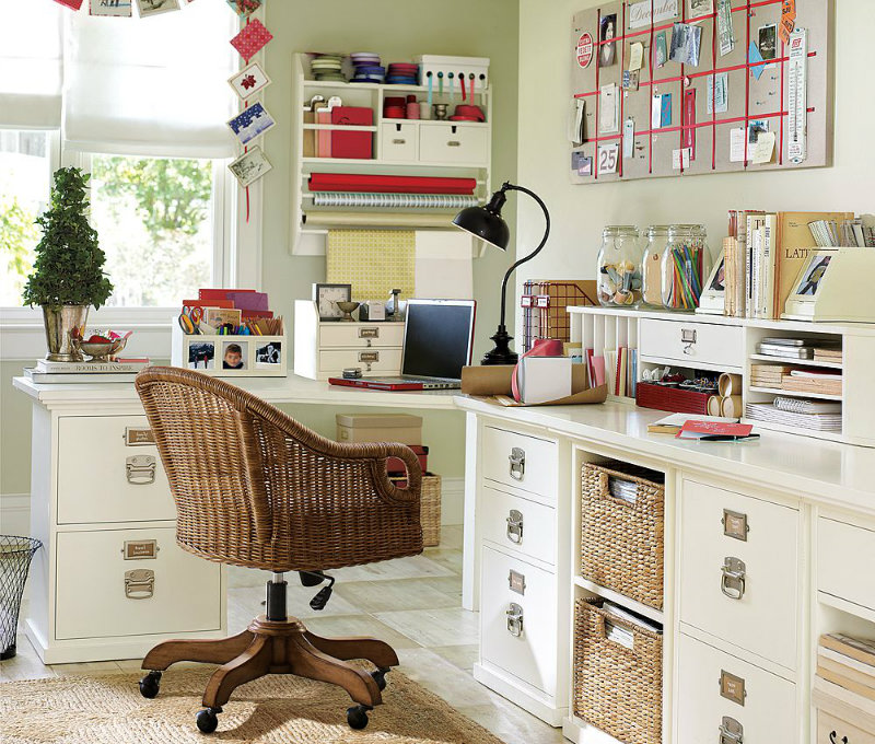 home-office-organizing-photo-magicmil