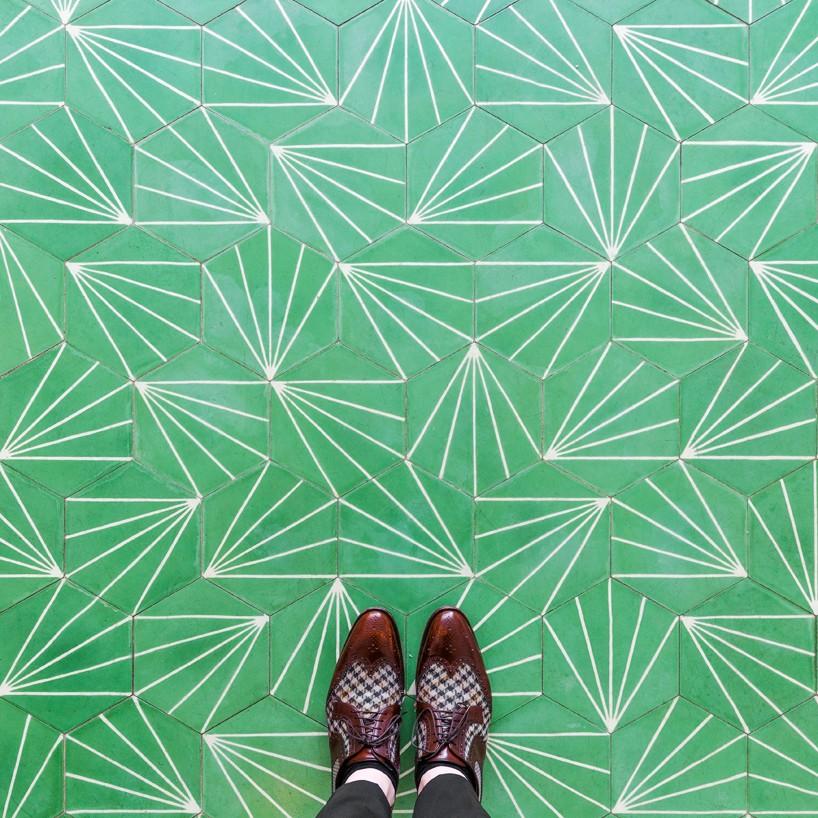 aesop-pixartprinting-sebastian-erras-london-floors-designboom-818x818